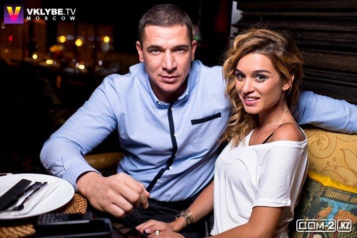 Телеведущая Ксения Бородина приняла предложение руки и сердца