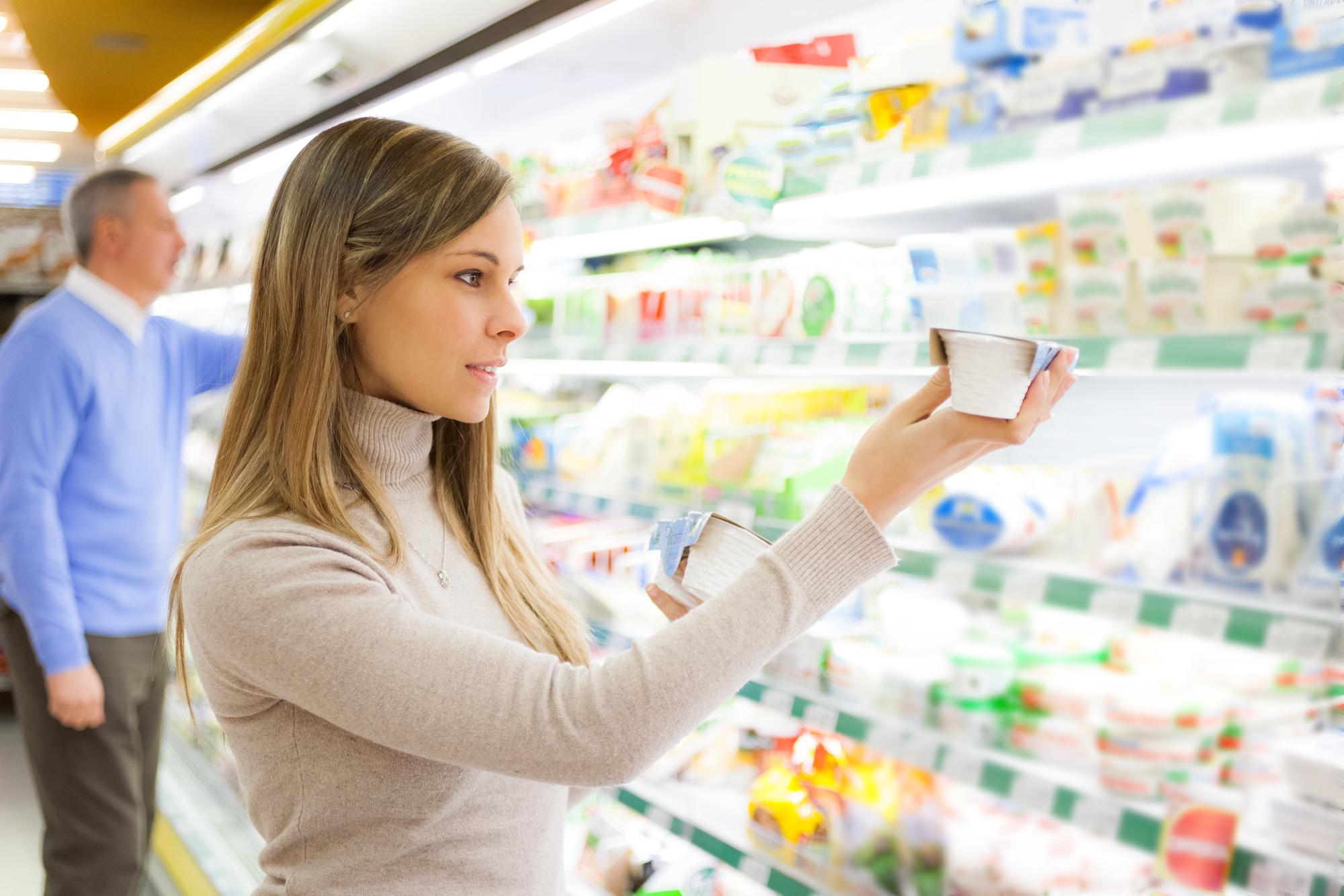 Диетолог рассказала, когда нужно отказаться от молочных продуктов