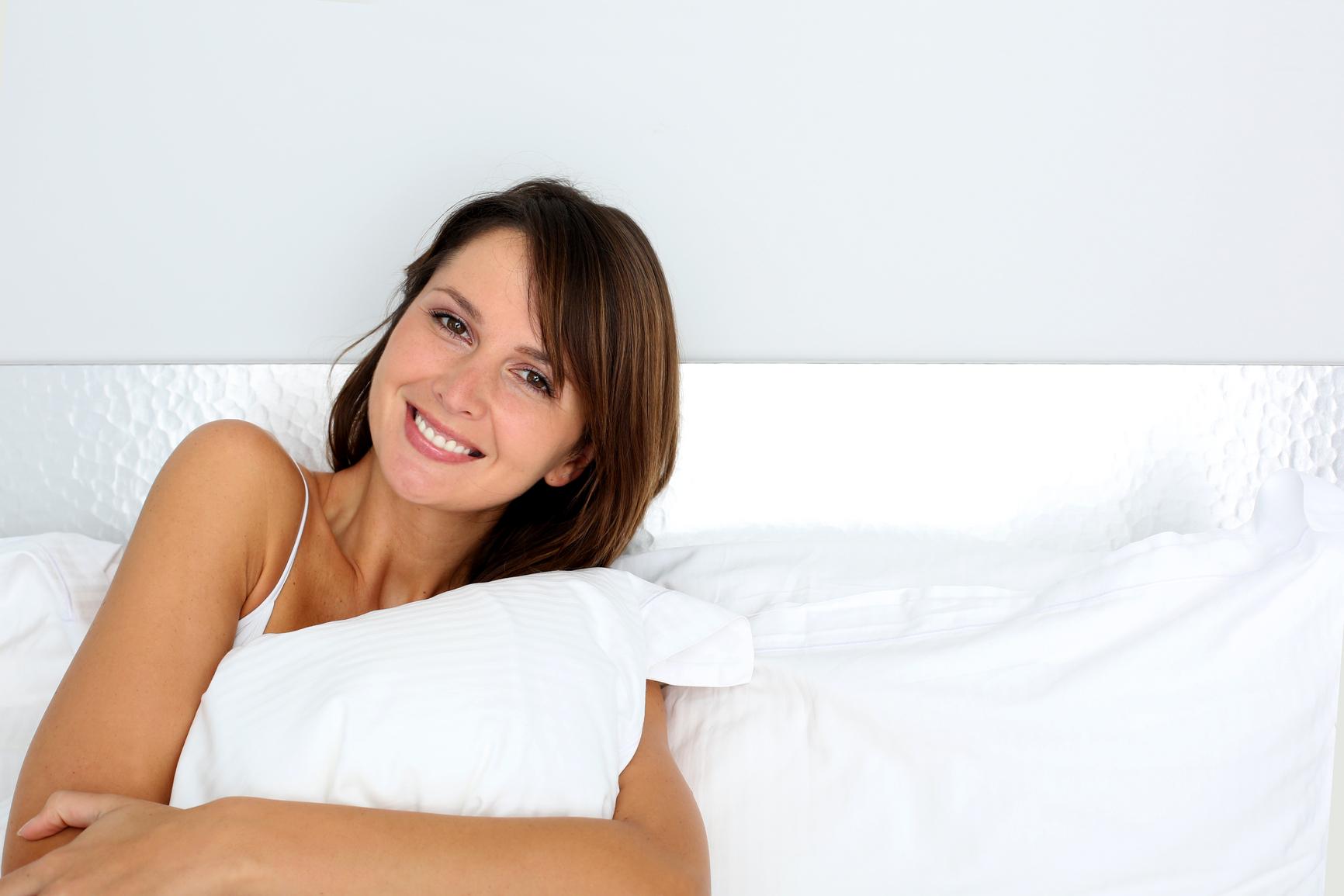Позиция во сне тоже влияет на состояние кожи