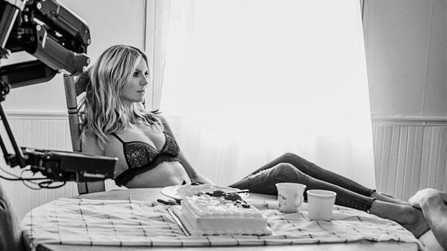 41-летняя модель Хайди Клум снялась в новом клипе певицы Sia