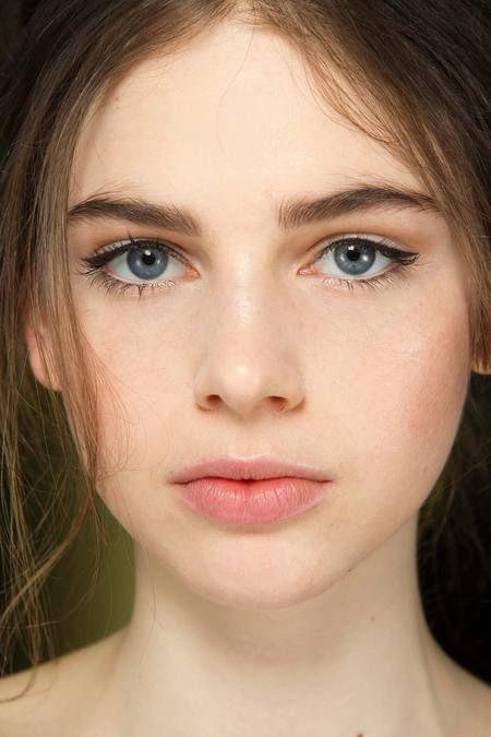 Как сделать идеальный макияж за 10 минут
