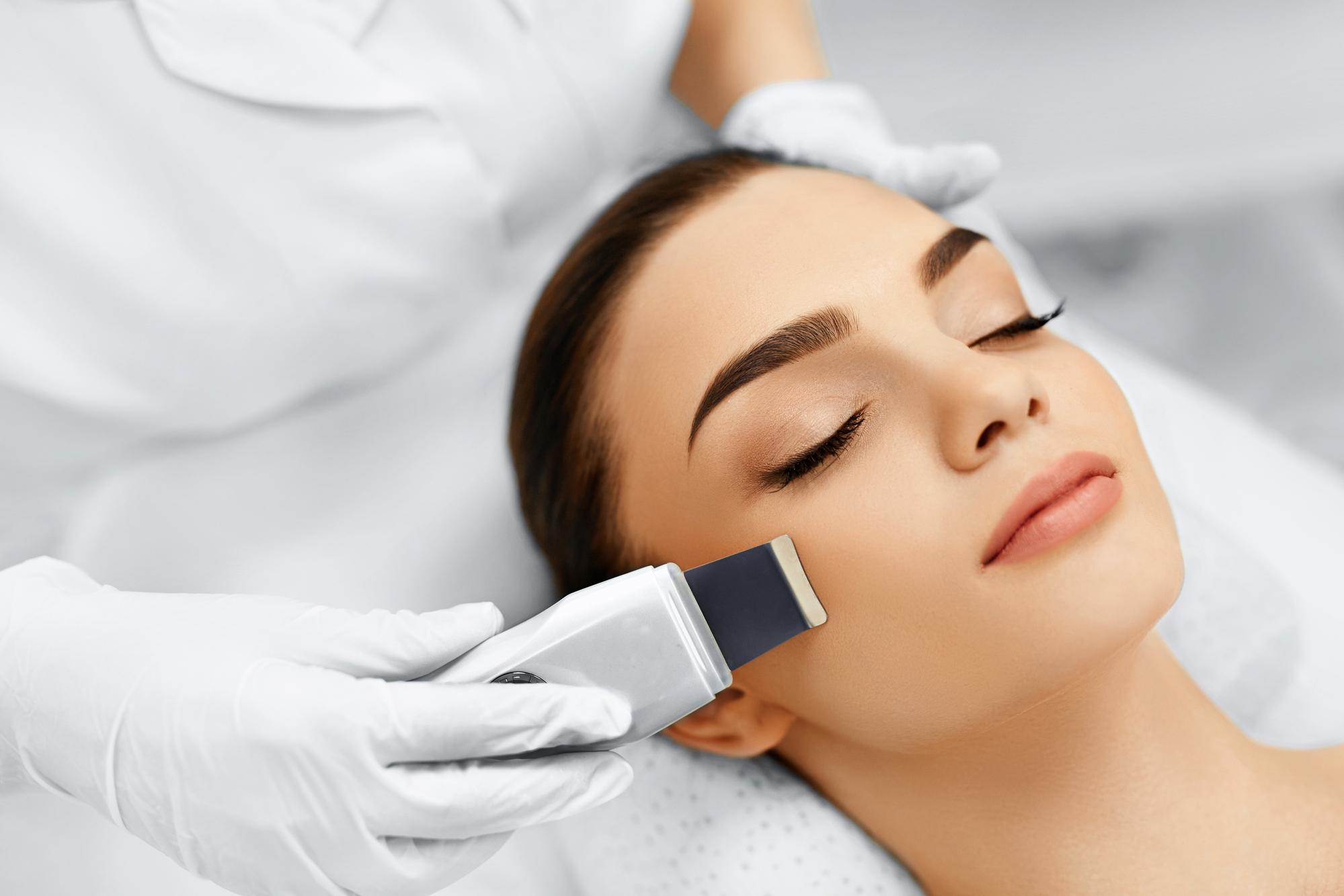 ультразвуковая чистка лица аппарат отличия