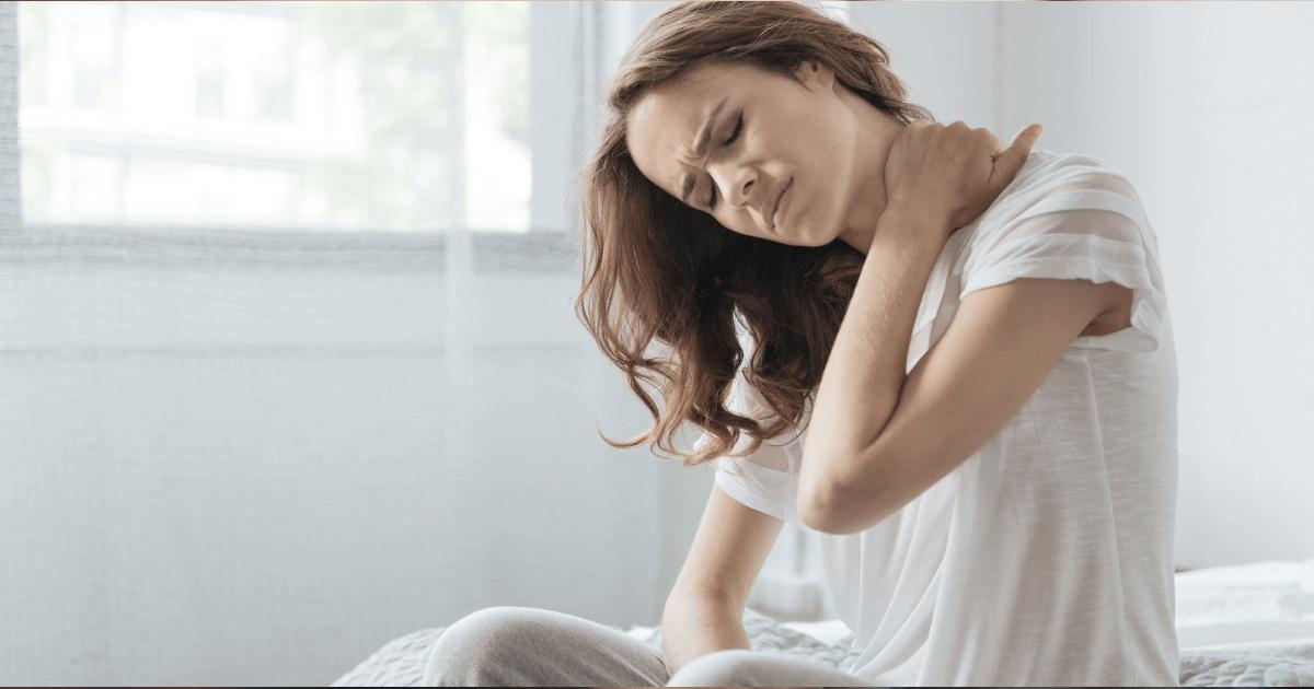 Сидячая работа: что делать, если болит шея и спина