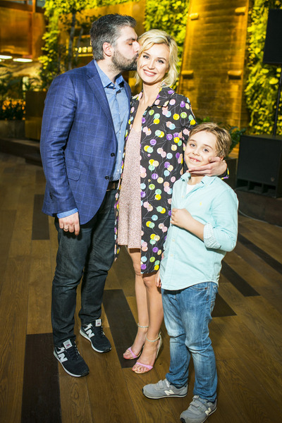 Полина Гагарина с мужем и сыном