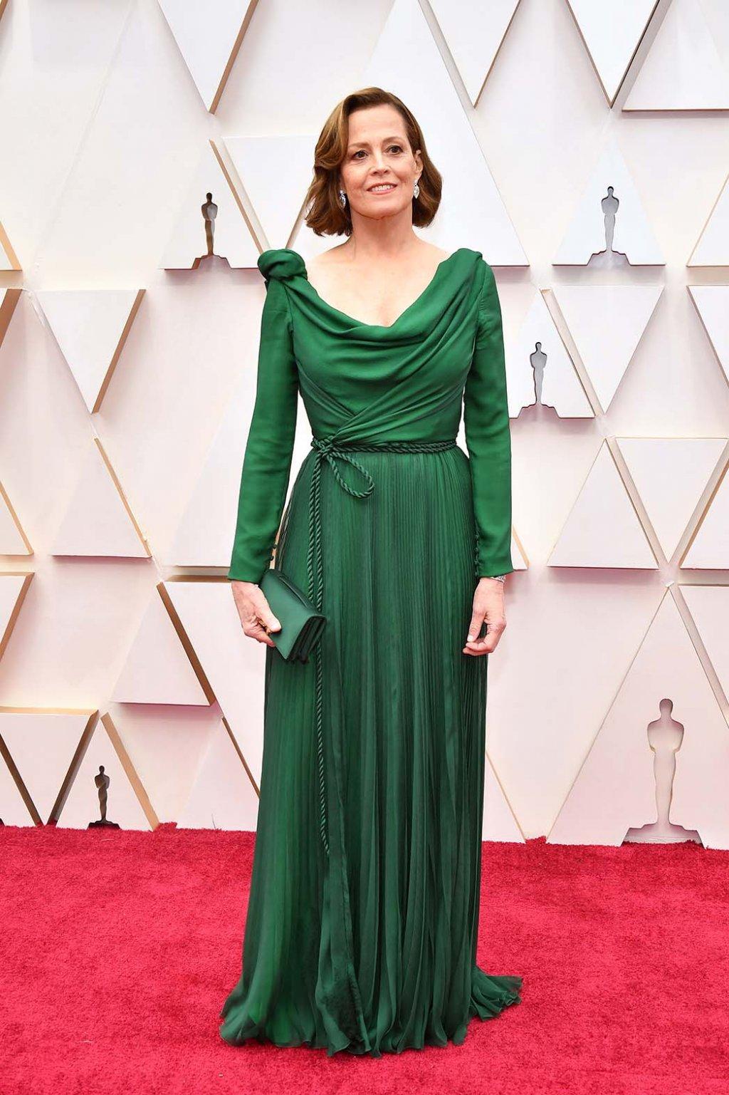 Сигурни Уивер в Dior на Оскаре 2020