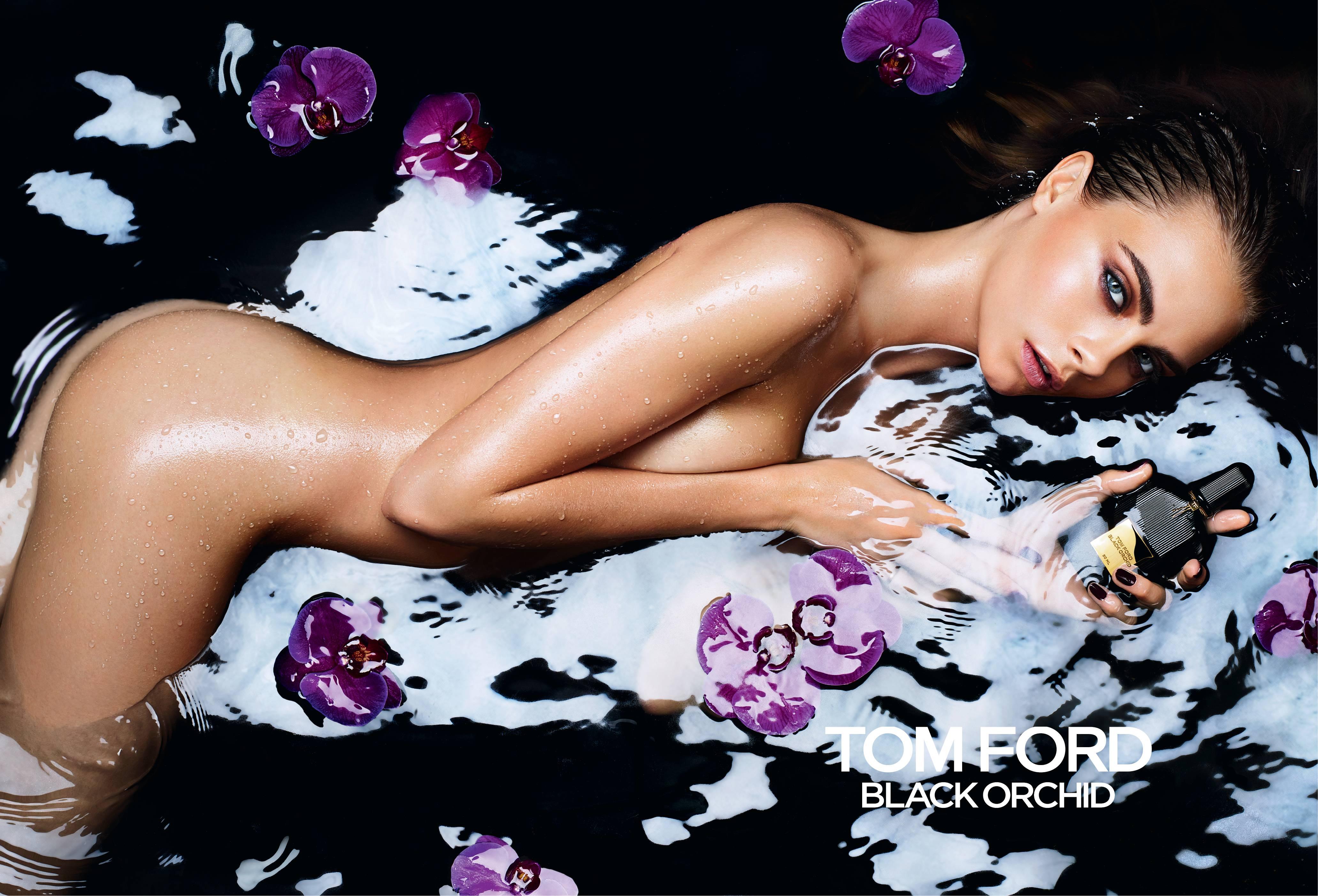 Модель Кара Делевинь в сексуальной рекламе аромата Tom Ford Black Orchid