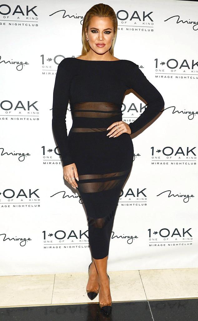 Телезвезда Хлои Кардашян примерила сексуальное платье от Self-Portrait