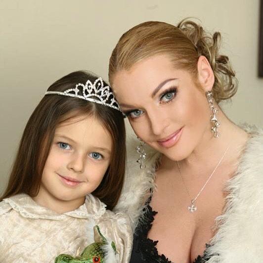 Настя Волочкова с дочкой Ариадной