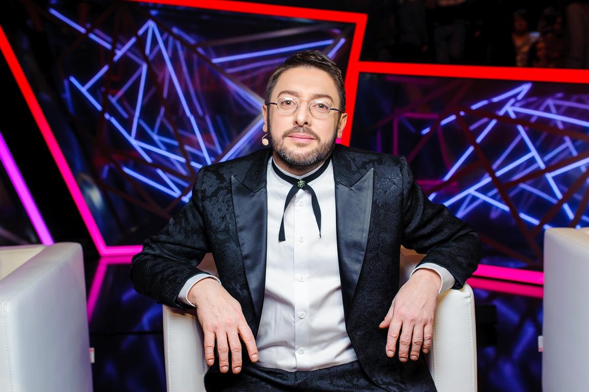 101 роза и признание в любви: Алексей Суханов получил неожиданный подарок