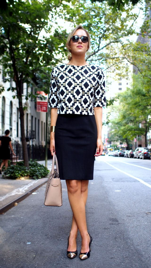 Модный в этом сезоне монохром разнообразит твой стиль