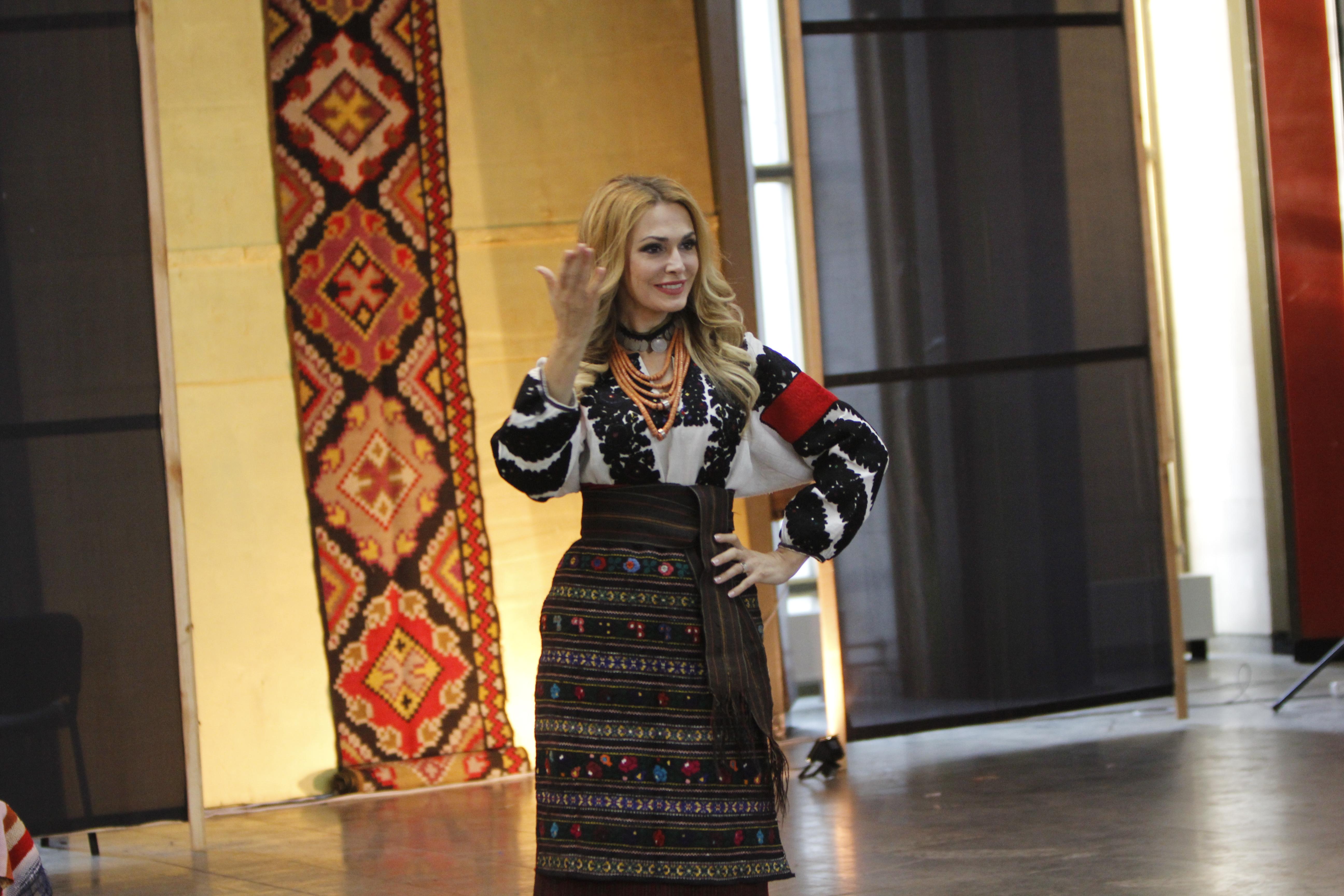 Телеведущая и актриса Ольга Сумская