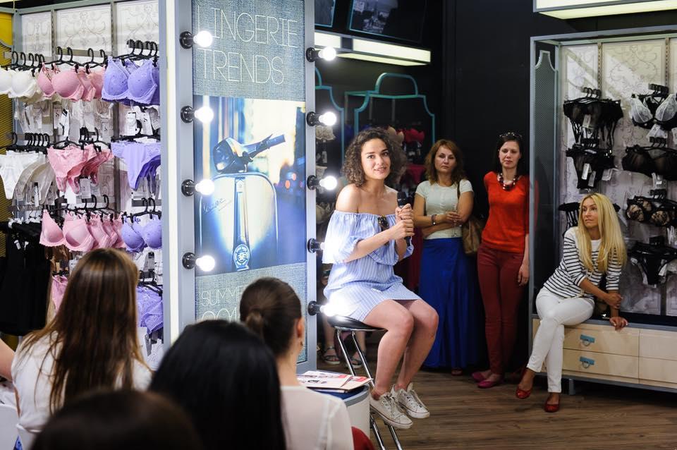 Блогер и стилист Маргарита Мурадова знает, как получиться на фото идеально