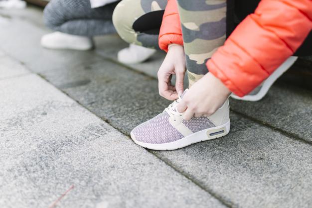 Почему постоянно мерзнут ноги