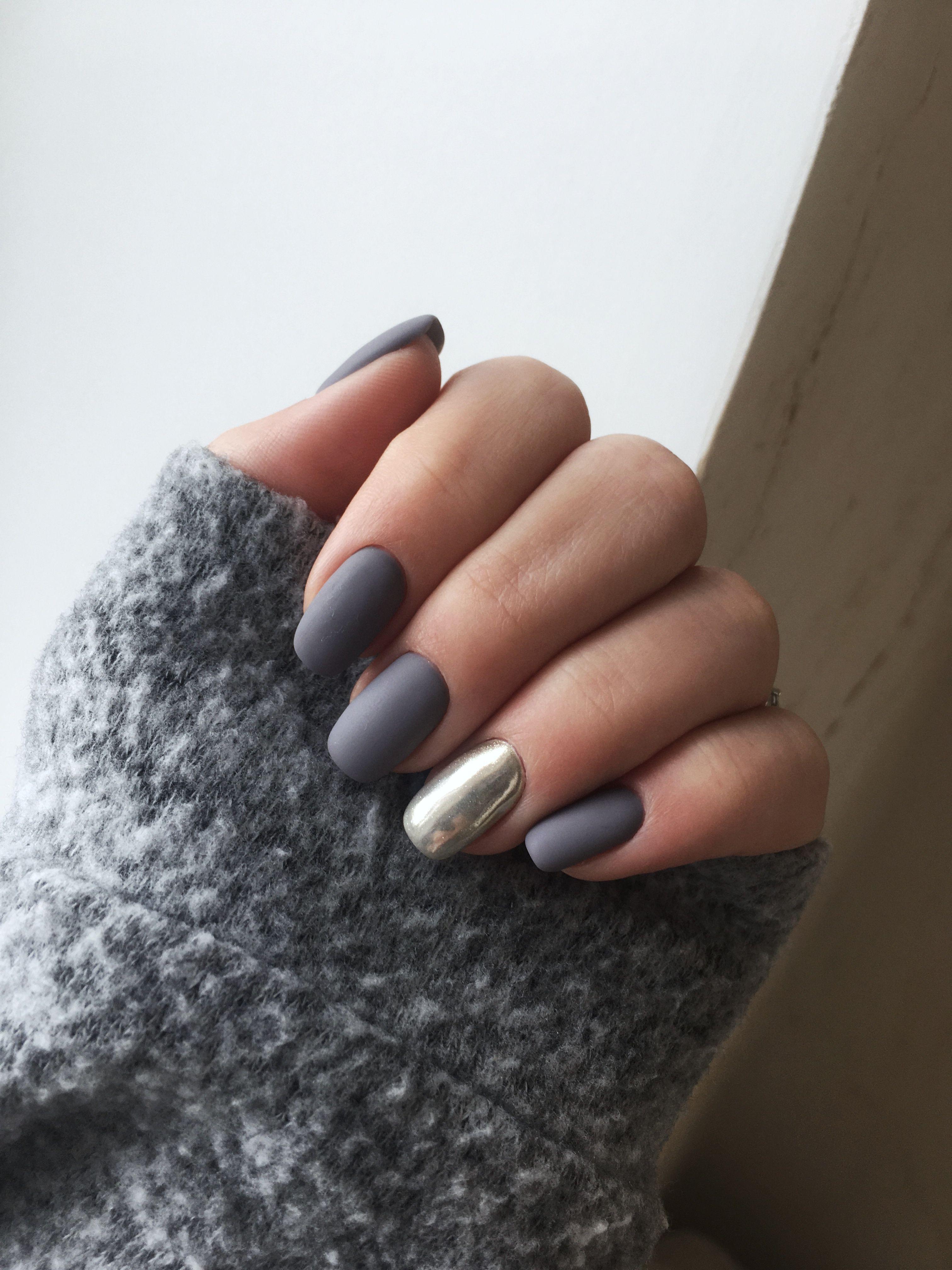 Неактуальные тренды ногтевого дизайна на 2020 год: Матовое покрытие