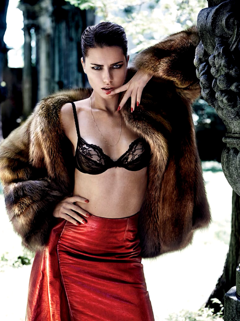 Адриана Лима в журнале Vogue Бразилия