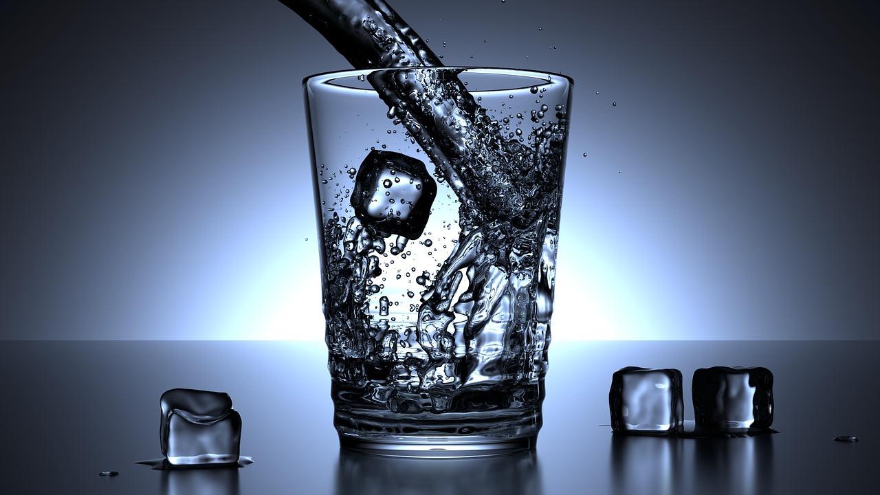 Какая вода угрожает здоровью и какую можно употреблять