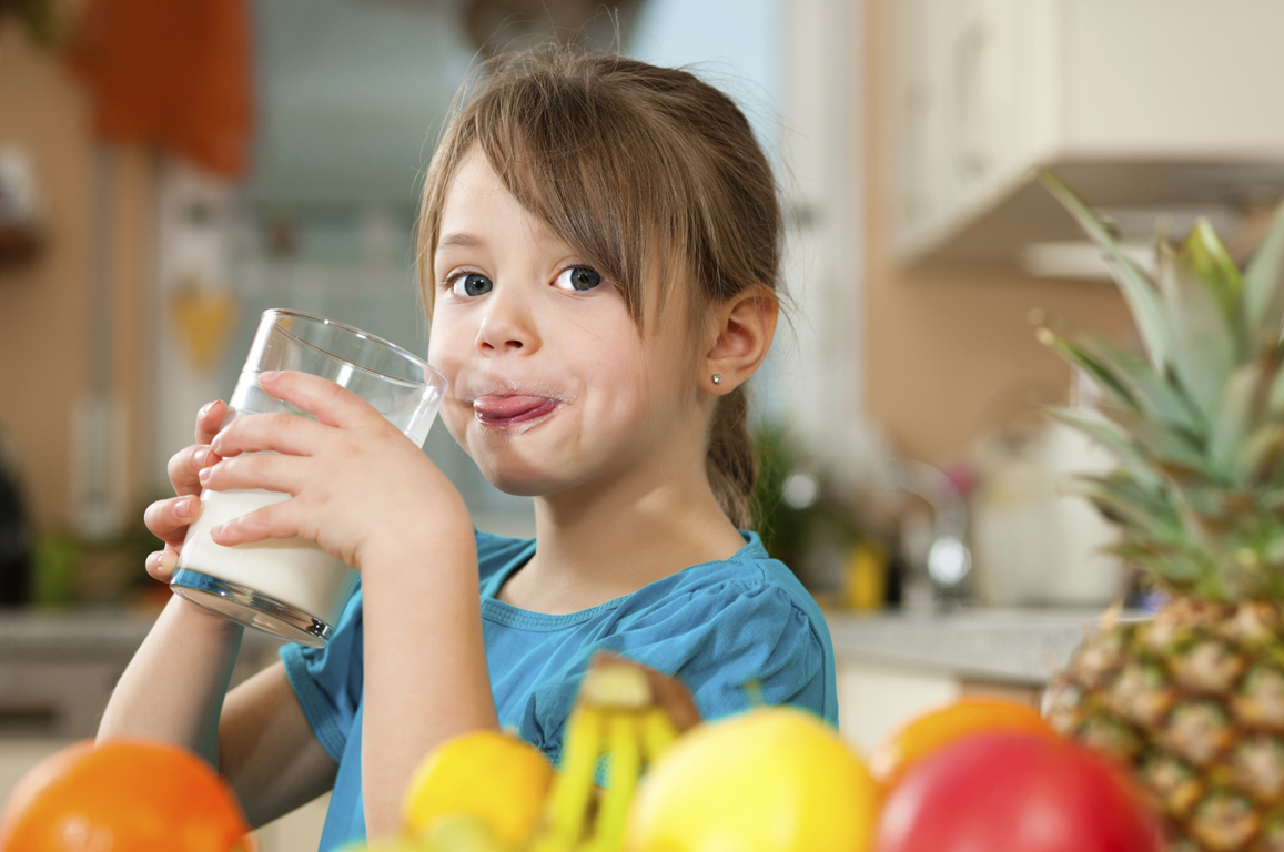 У ребенка должно быть полноценное питание, содержащее все необходимые витамины и микроэлементы