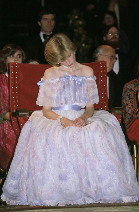 Знаковые вечерние образы принцессы Дианы