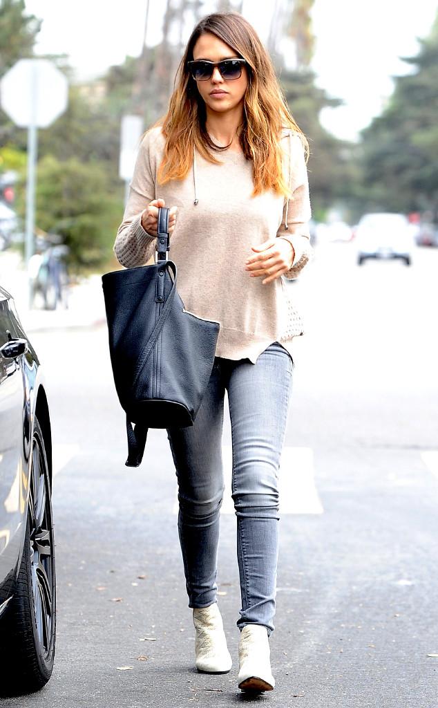 Актриса Джессика Альба знает, как совмещать комфорт и стиль