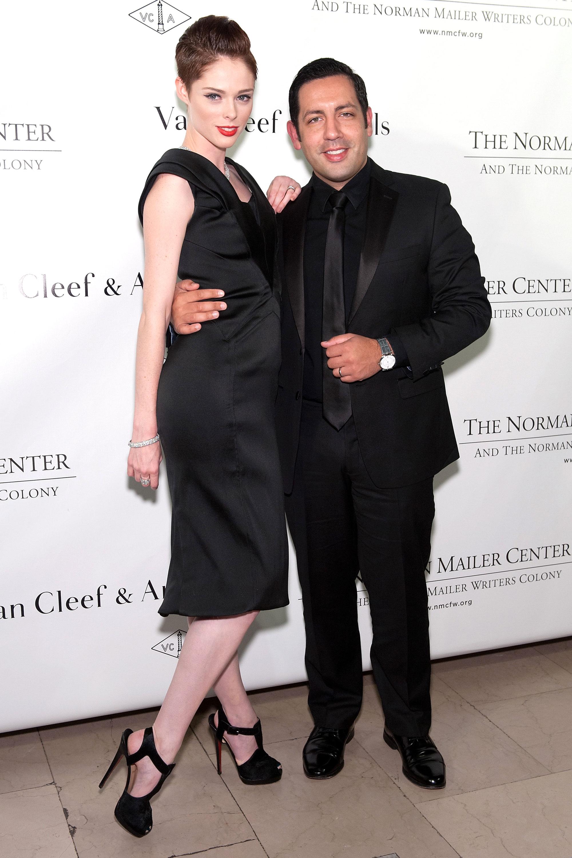 Модель Коко Роша и ее супруг, дизайнер интерьеров, Джеймс Конрэн ждут первенца