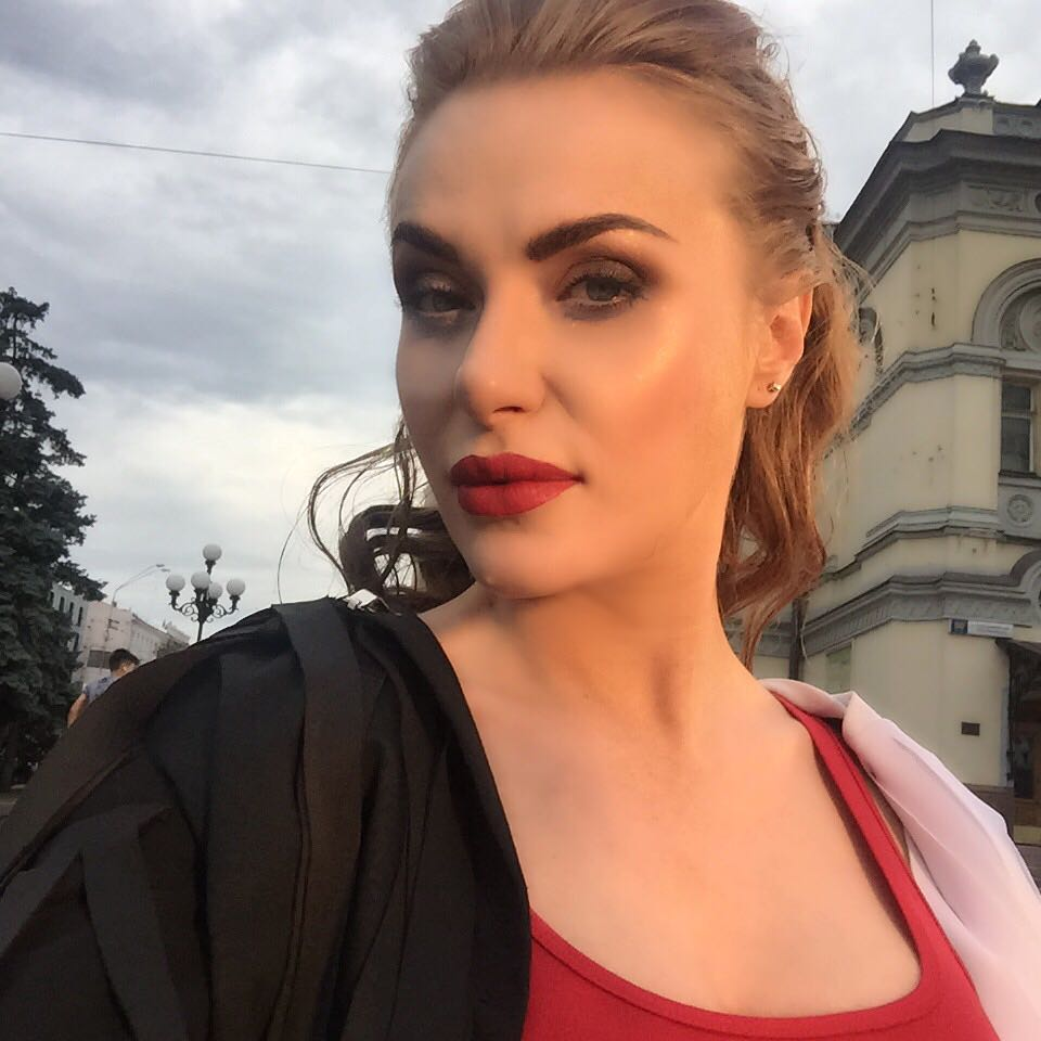 Украинская певица Слава из НЕАНГЕЛОВ