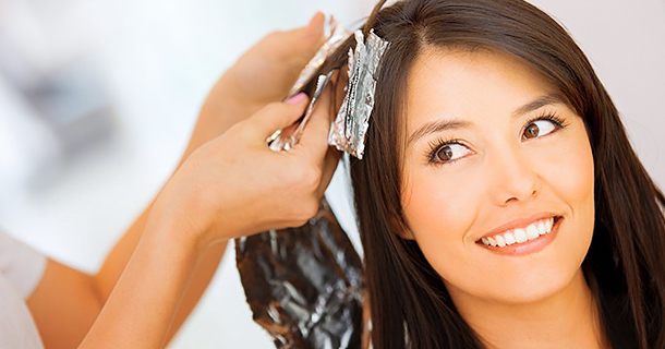 Чем можно покрасить волосы при беременности