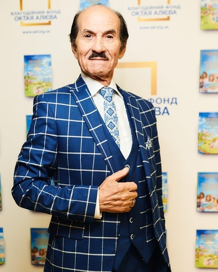 Григорий Чапкис женился в четвертый раз