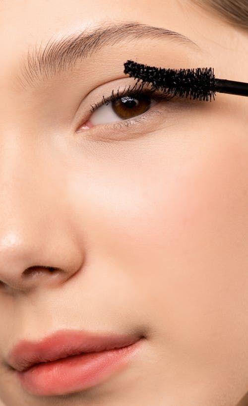 Это опасно: косметика, которая губит вашу кожу