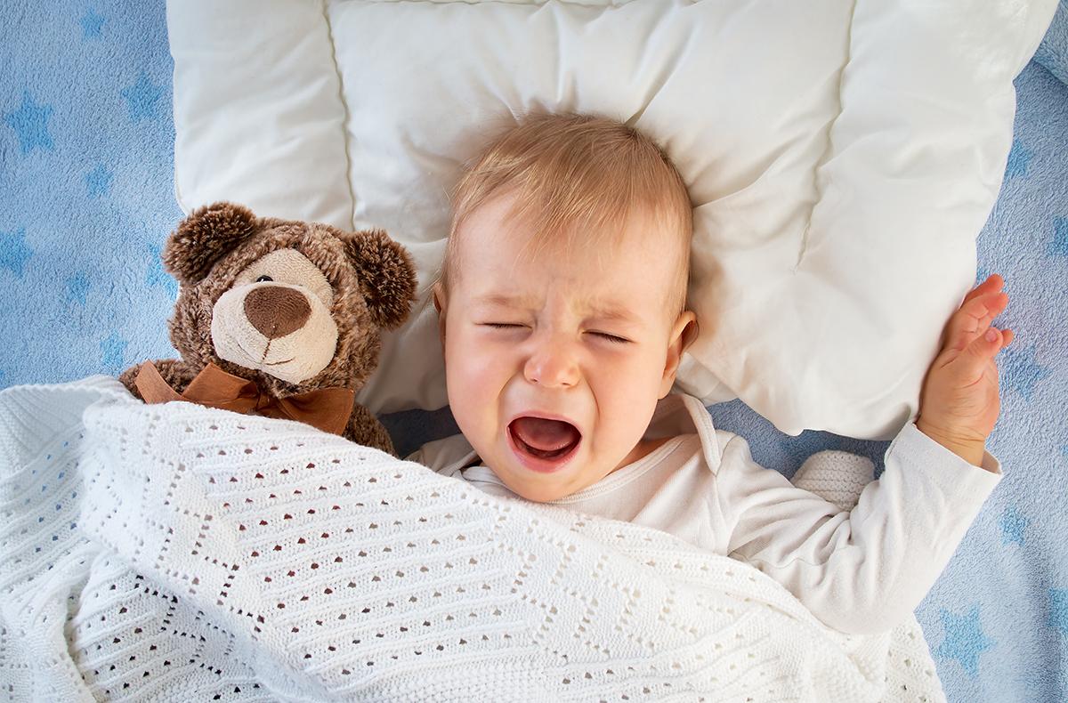 Если же ребенок накормлен, чист и сух, но плач не прекращается, вероятно, он просто хочет пустышку
