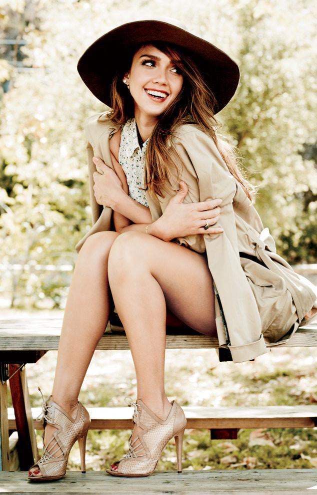 Актриса Джессика Альба приняла участие в нежной фотоистории для Natural Health