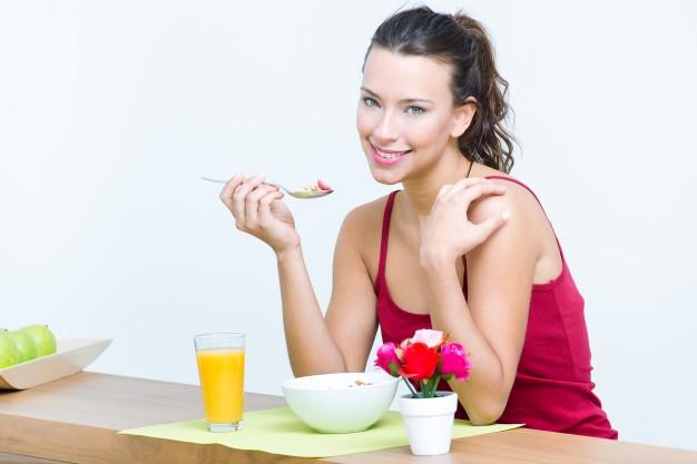 Какой завтрак снизит уровень холестерина