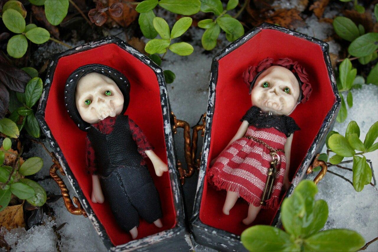 Куклы в беде