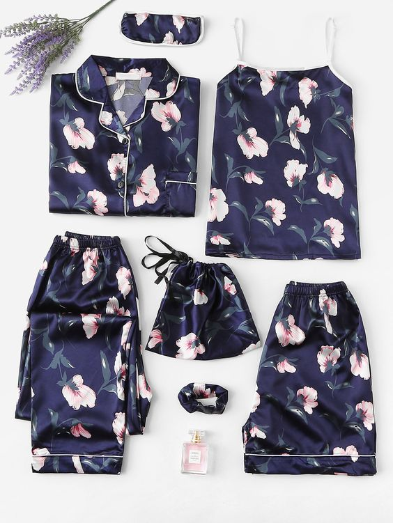 ТОП-7 образов одежды для сна - ночной комплект