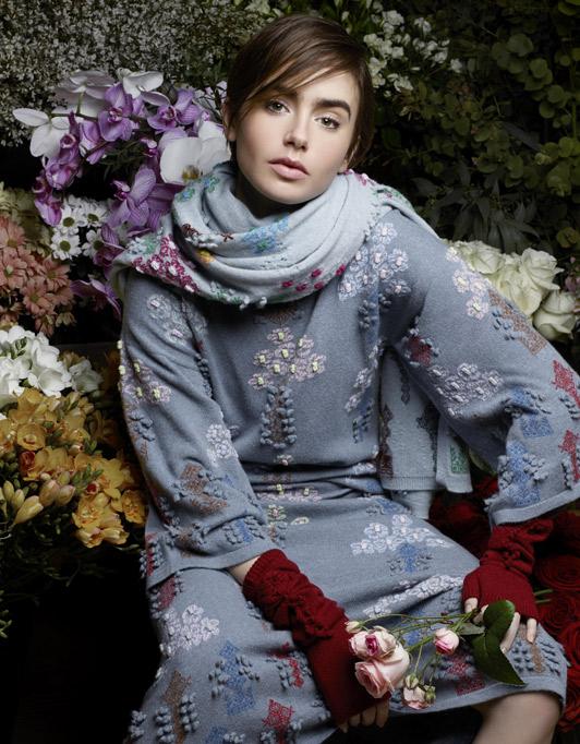 Лили Коллинз снялась в новой рекламе Barrie Knitwear для Chanel