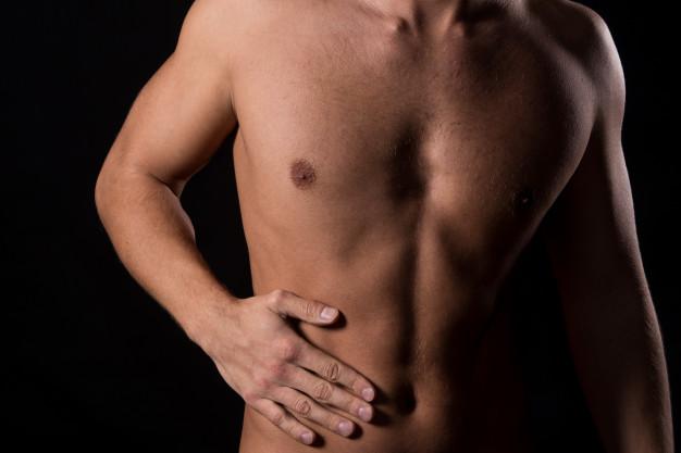 Названы два физических признака ожирения печени