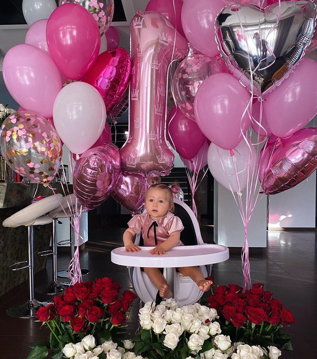 Санта Димопулос трогательно поздравила дочь с Днем рождения