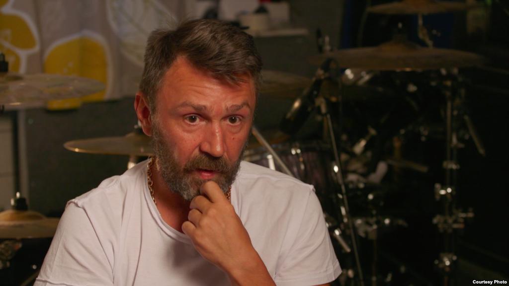 Сергей Шнуров высказал свою политическую позицию