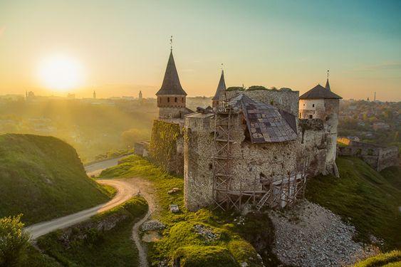 ТОП-7 городов Украины, которые больше всего любят туристы - Каменец-Подольский