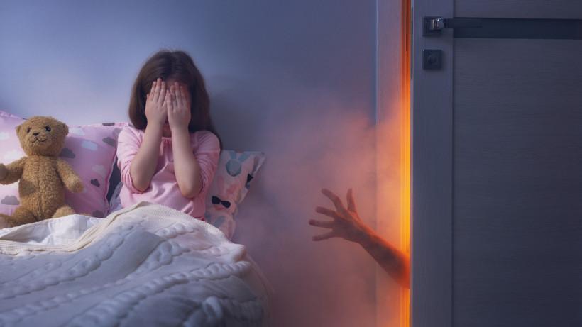 Причину ночных кошмаров всегда стоит искать в дневной жизни ребенка