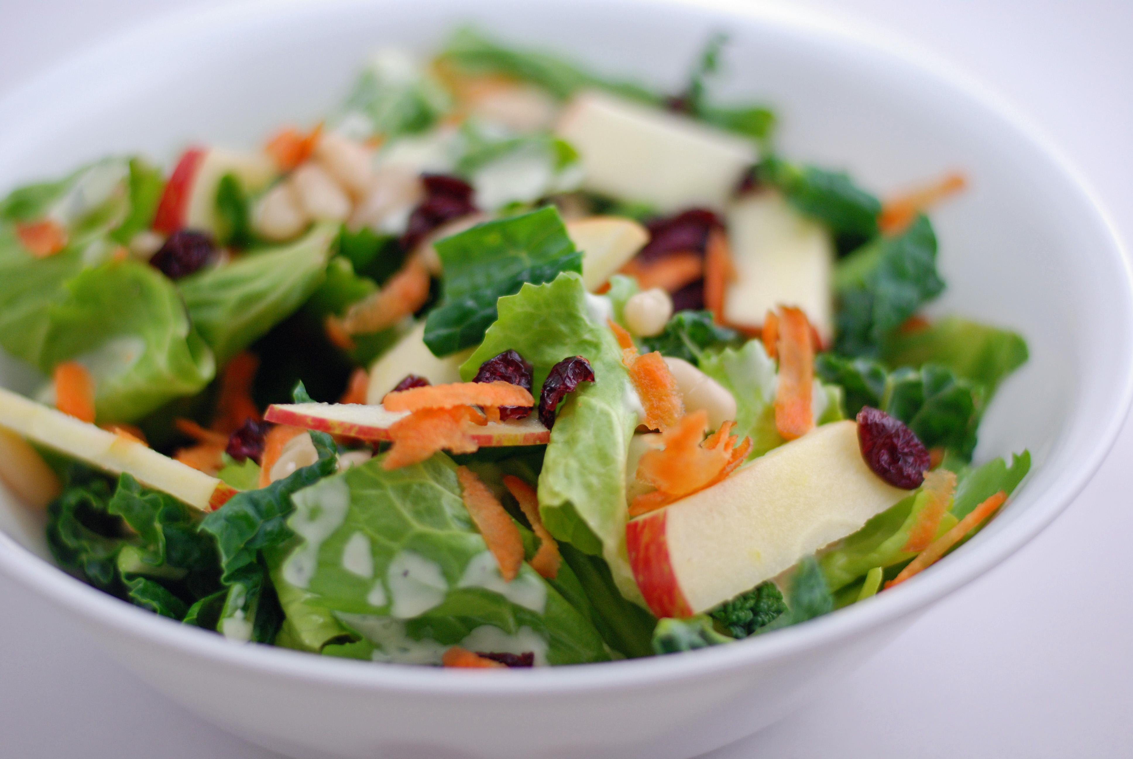 рецепт салатов из капусты с клюквой