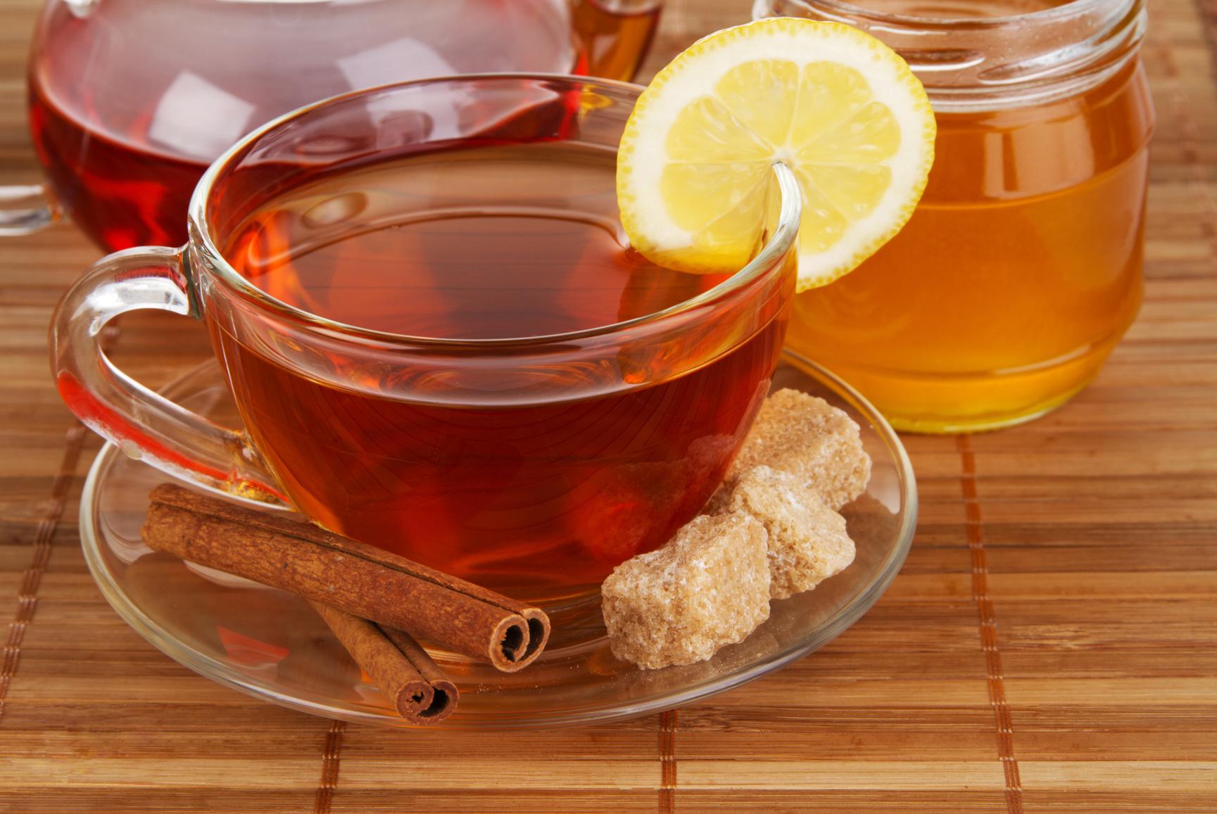 Чай с сахаром и медом
