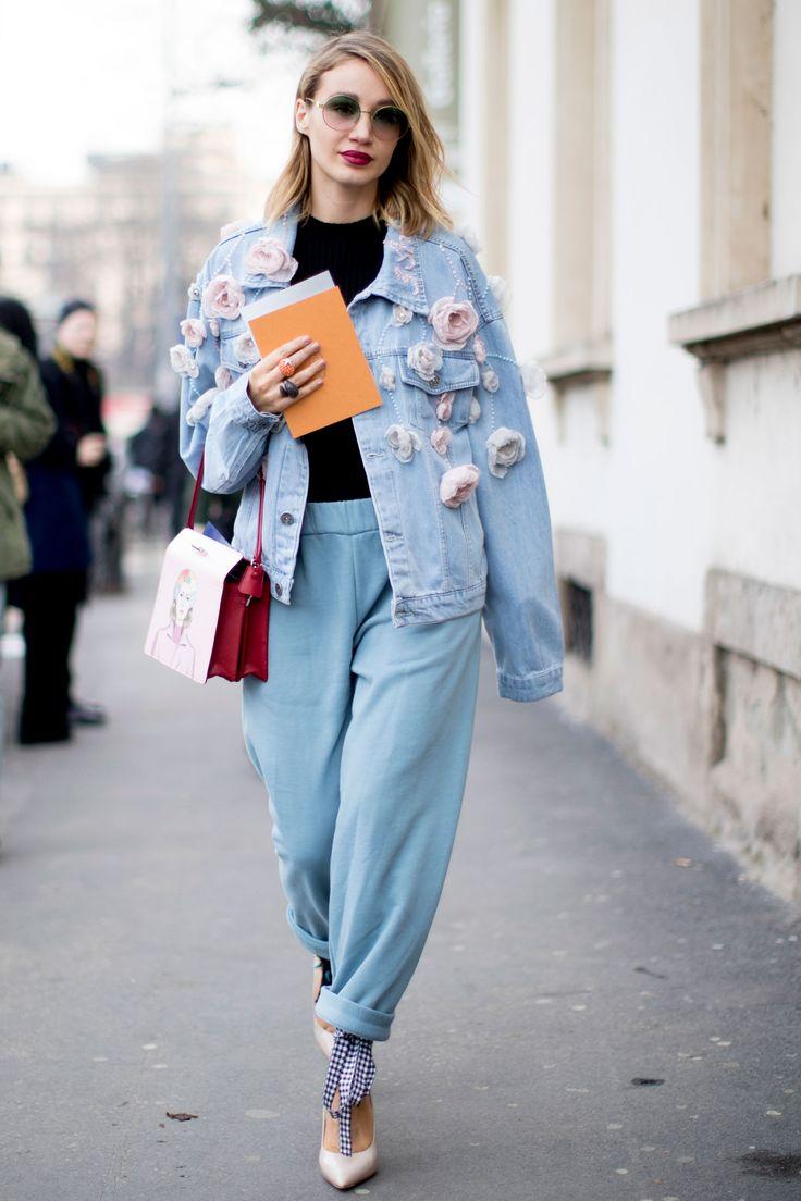 Что носить женщинам после 35-ти лет: Mom-джинсы