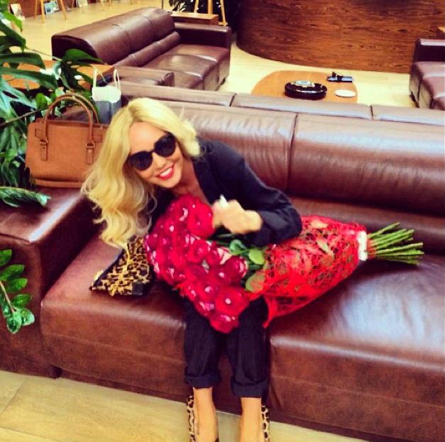 Маша Малиновская показала фото из аэропорта