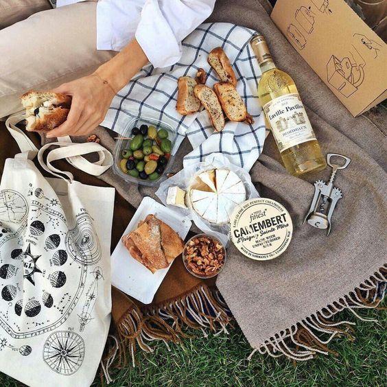 Пикник во французском стиле