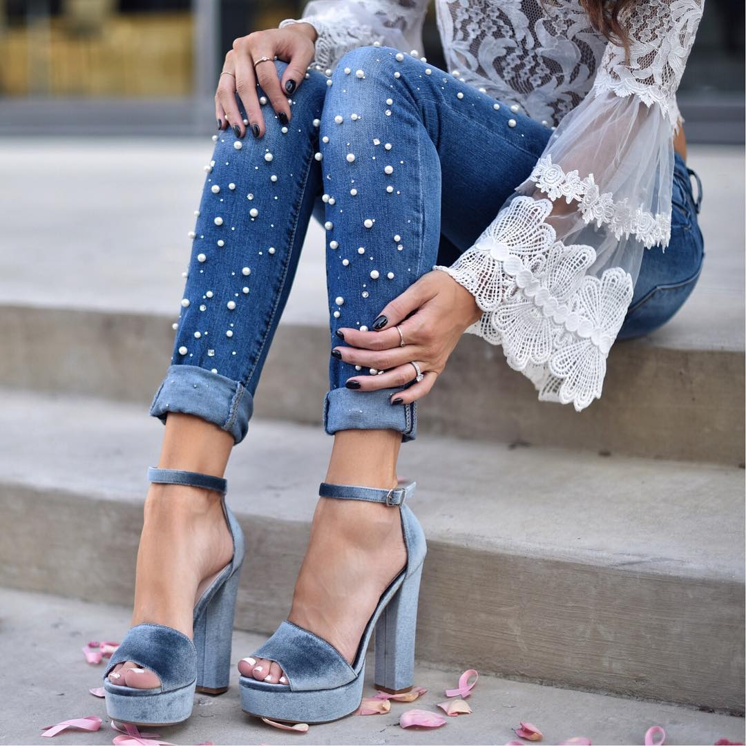 Неактуальные модели джинсов и брюк зимой 2019/20
