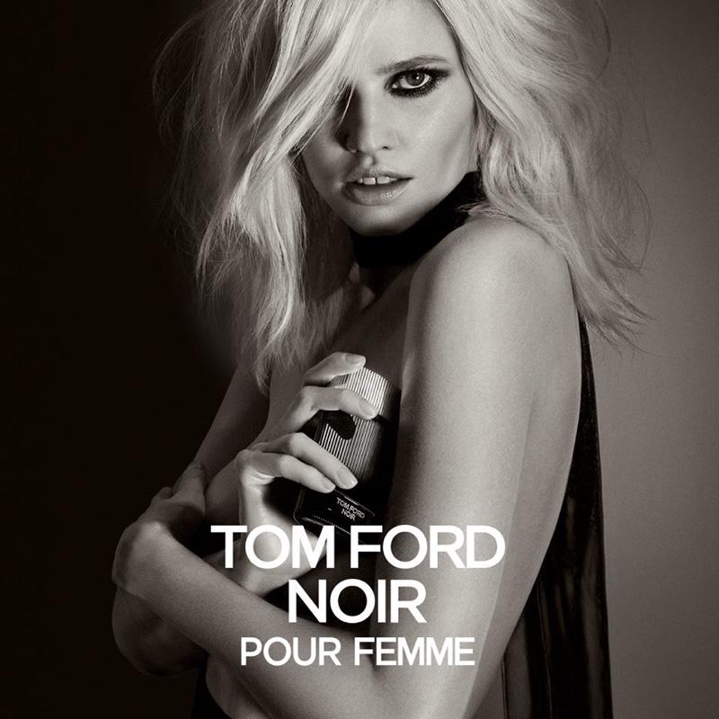 Лара Стоун в рекламе нового аромата Tom Ford Noir.