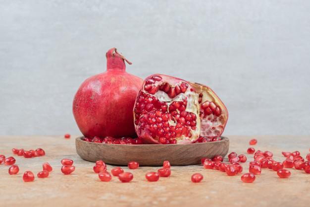 Открываем сезон гранатов: Этот витаминный фрукт поднимает настроение
