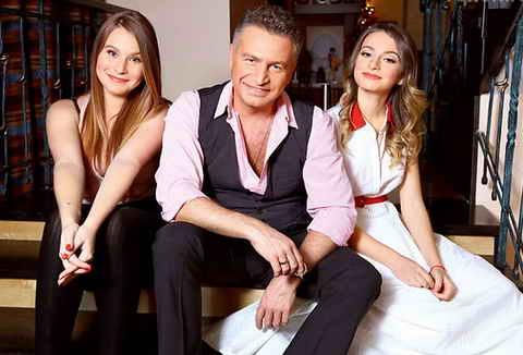 Леонид Агутин с дочками: Полиной от брака с Марией Воробей, и Лизой (справа) от брака с Анжеликой Варум