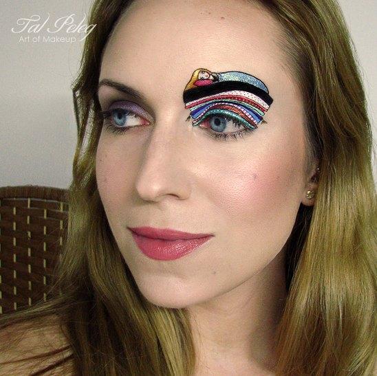 Визажист Тал Пелег создает необычный макияж глаз