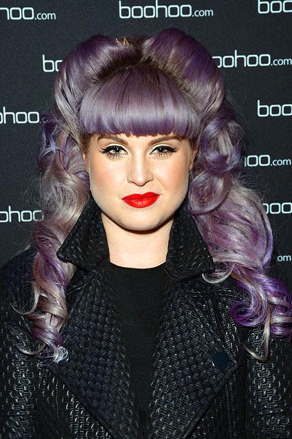 Мы уже и забыли, как цвет волос раньше был у певицы и телеведущей Келли Осборн